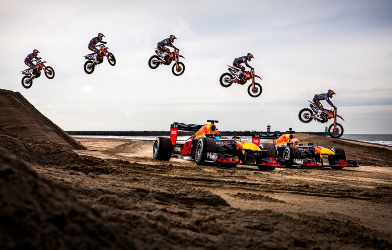 O salto de Herlings sobre os carros de F1 da Red Bull